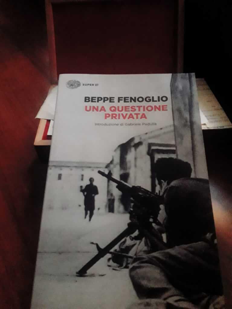 Una questione privata di Beppe Fenoglio - di LIBRERIA TLON